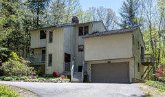 The-Great-Woodridge-Lake-Escape-359-E.-Hyerdale-Dr-Goshen-CT-$339,000